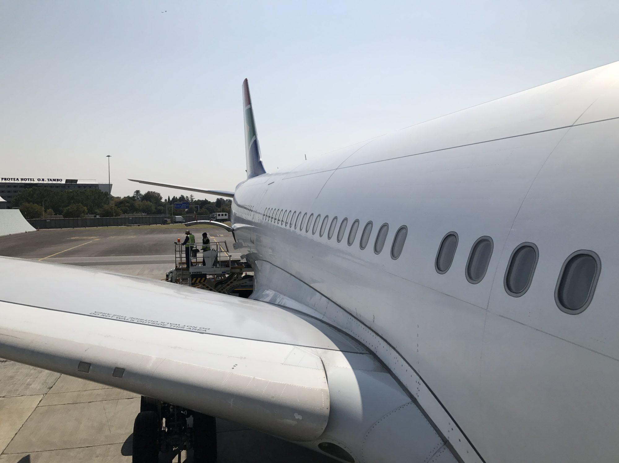飛行機とB級グルメの旅